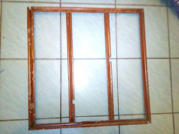 Grilaj/cadru patrat din cornier protectie geam 61x61cm