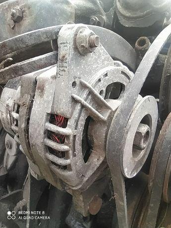 Продам генератор от газель волга мотор