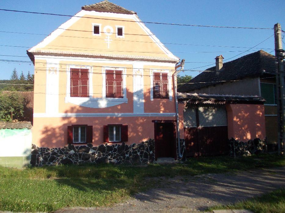 Casa la tara cu dependinte Mihai Viteazu - imagine 1