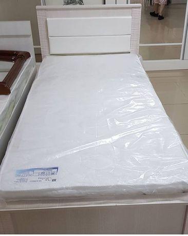Кровать 40000 тг