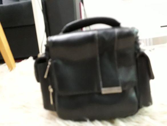 кожена чанта с презрамка за през рамо