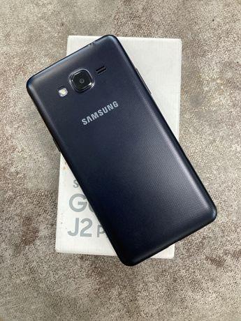 Продам телефон Samsung J2,8GB