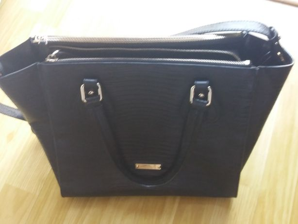 Vand geanta neagra Musette