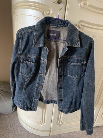 Продам джинсовые куртки