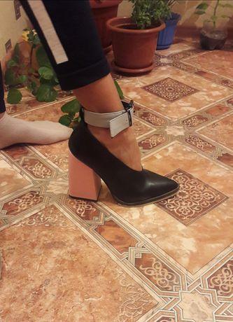 Очень стильные туфли!