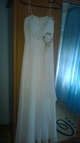 vand rochie de mireasa Agnes Toma