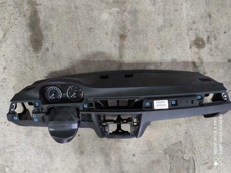 Plansa bord BMW E90 volan stanga de EUROPA