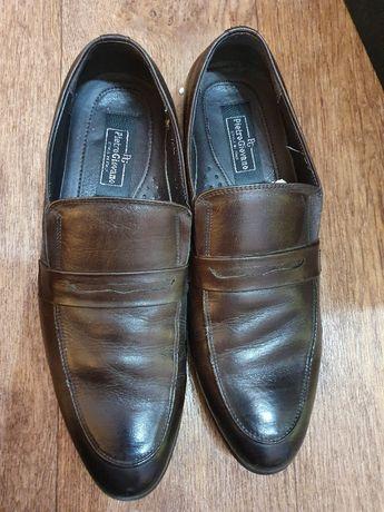 Продам мужские туфли размер 42