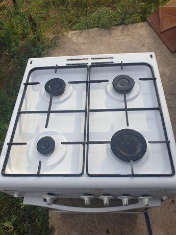 Газовая плита с электроподжиг металл качественный. П-во турция