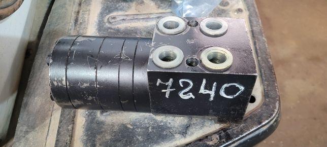 Рулевой дозатор Т-150