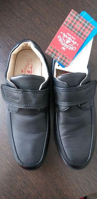 Туфли для мальчика 36 и 37 размеров