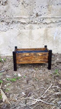 сандъче за цветя, Дървени саксии (кашпи) за растения