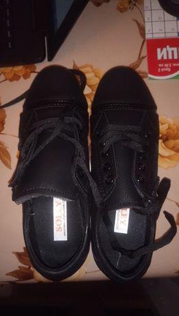 Обувки Soley