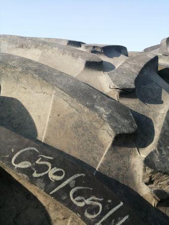 650/65r42 Pirelli