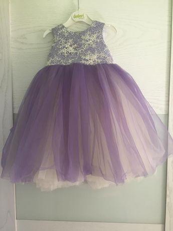 Платье на праздник для девочки