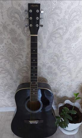 Продам новую гитару. Подарили парню не стал играть.