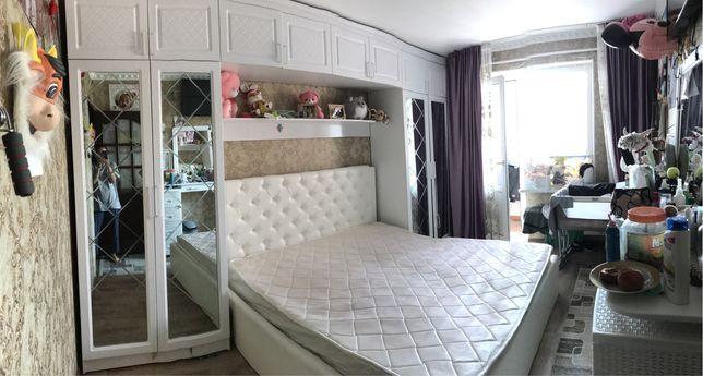 Спальный гарнитур без кровати в очень хорошем состоянии