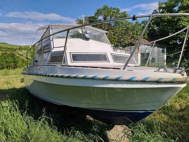 Cea mai bun Barca de Cabina Electrică pentru un Lac ! si peridoc