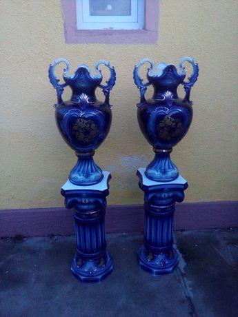 Pedestal cu vaza