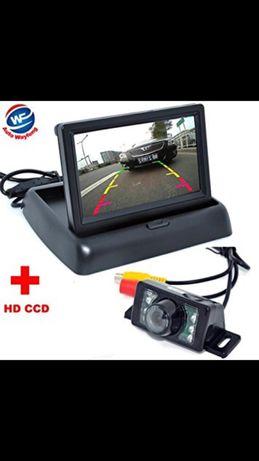 камера за задно виждане с сгъваем монитор