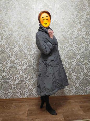 Продам женский демисезонный плащ, 15 000 тенге
