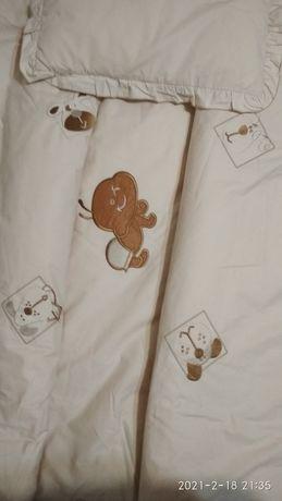 Комплект- подушечка+ одеяло для новорожденных.
