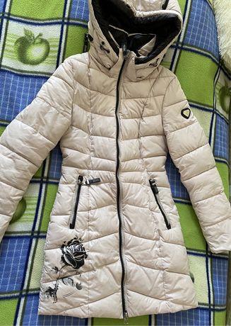 Куртка зимняя 42размер