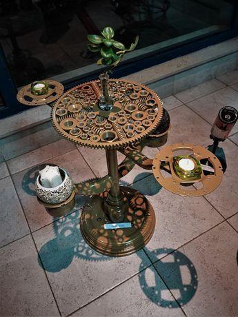 Арт стойка за цветя , свещи или друга декорация или вещи