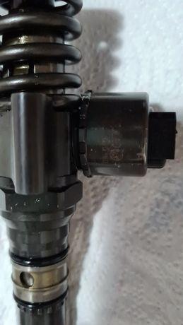 Vând injectoare Volkswagen golf plus 2.0 diesel cod motor bkd