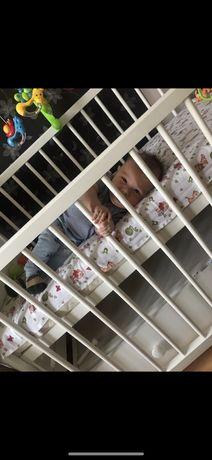 Продам детскую кроватку с матрасом и выдвижным комодом