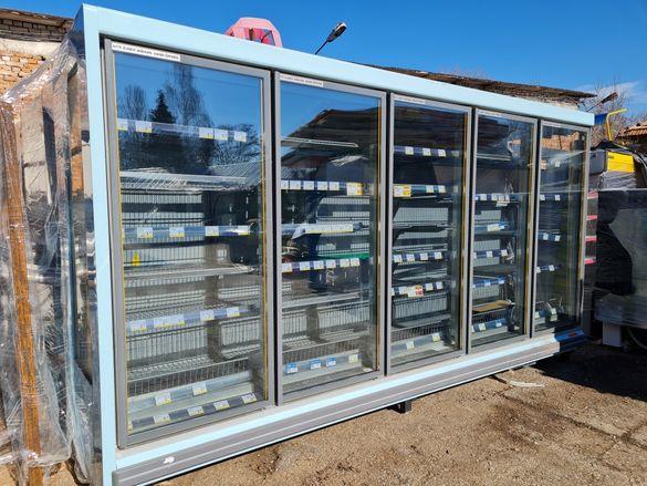 Крайстенна хладилна витрина с вратички