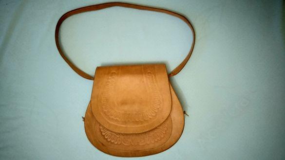 Дамска чанта от щампована естествена кожа