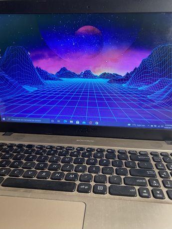 Vând laptop Asus VivoBook Max A541N