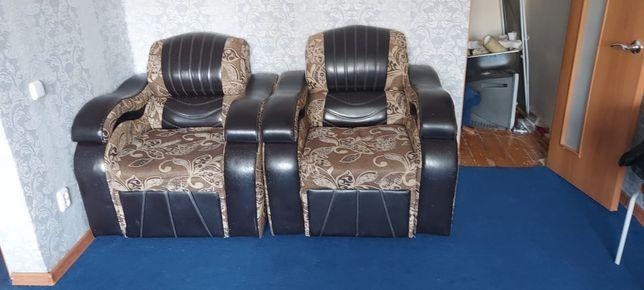 Диван и кресла продам