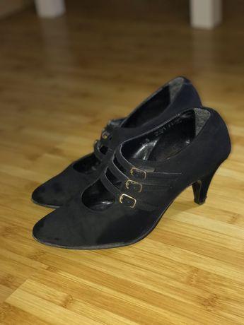 Черни дамски обувки естествен велур черни 38 номер