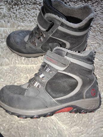 Продам обувь Merrell.
