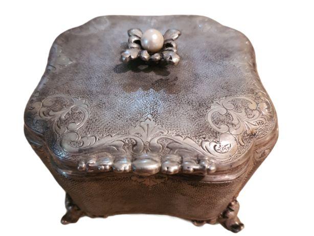 Caseta Imperiala de pastrat bijuterii din argint!