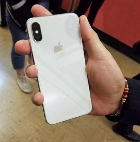 Продам Айфон X 128