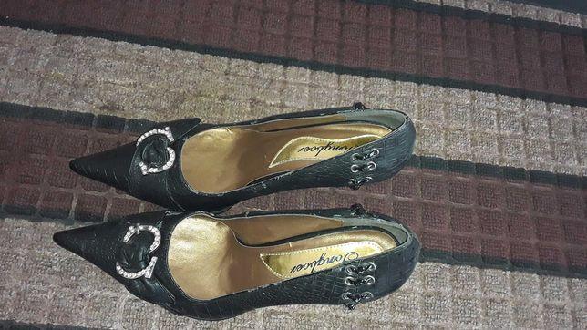Продам обувь (женская)
