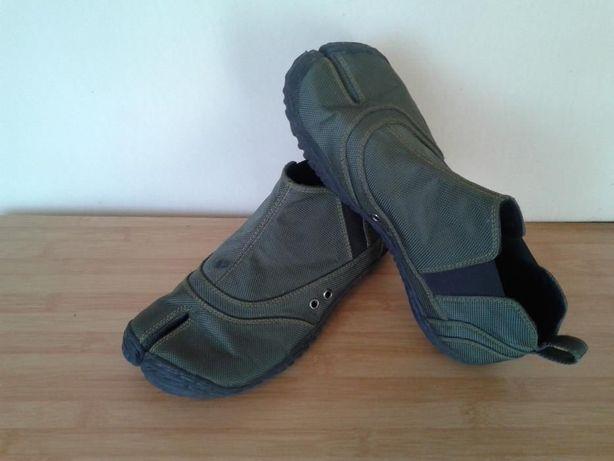 Tabi Split Toes Pantofii - 43 , 27,5 cm din Asia