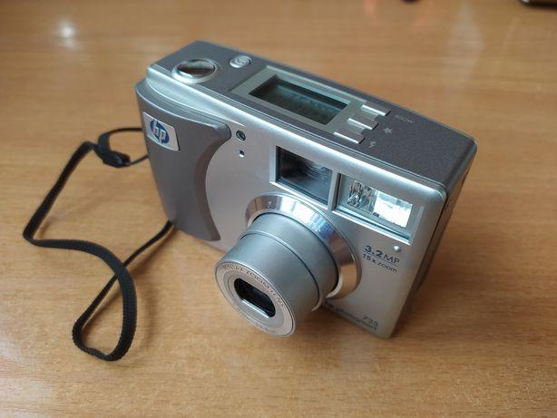 "Фотокамера ""HP PhotoSmart 735"""