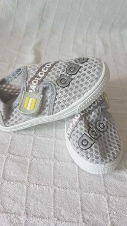 Нови детски  летни обувки
