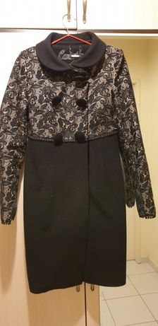 Пальто женские 42-44 размер