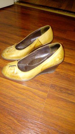 Дамски обувки,естествена кожа