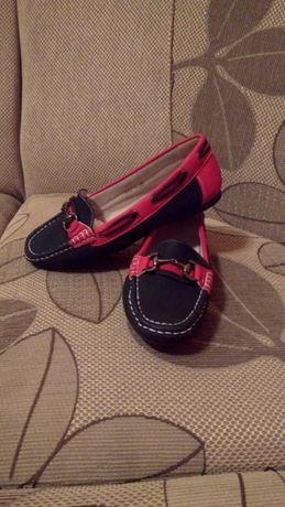 Обувки (дамски мокасини)