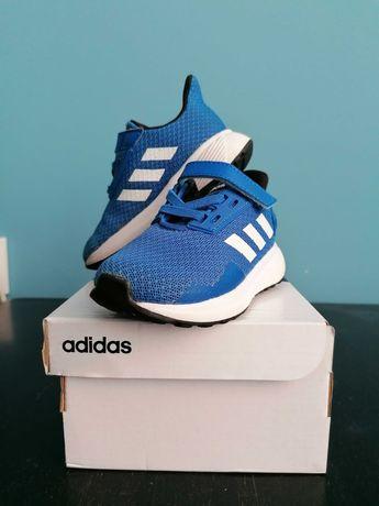 Маратонки Adidas 21 номер. Перфектно състояние. Като нови са