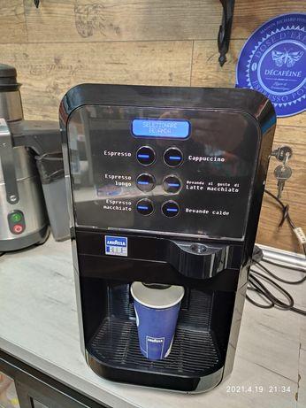 Кафе машина Лаваца