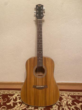Гитара  model Flight 175