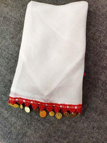 Кърпа забрадка с пендари и дантела