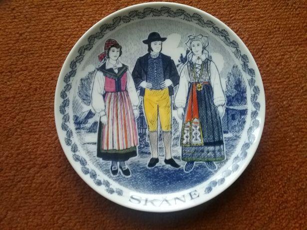 Farfurie decorata manual, suvenir Suedia